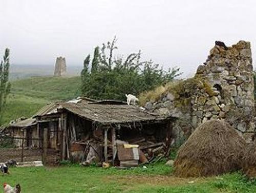 Аланский город мертвых. Архитектурные памятники