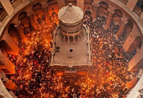 Благодатный огонь, как появляется. История Благодатного огня