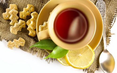 Можно ли пить чай во время еды. Чай до еды или после еды? Можно ли запивать еду чаем?