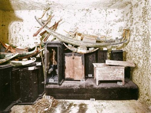 Саркофаг Тутанхамона. Вскрытие гробницы Тутанхамона, 1922 год
