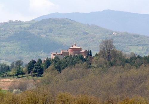 Меч в камне, аббатство сан гальгано, Тоскана.