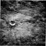 В лунном кратере обнаружили шахту инопланетян.