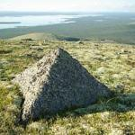 Самые древние пирамиды на планете в России находятся.
