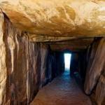 В Испании есть свой стоунхендж - он подземный и украшен древними рисунками.