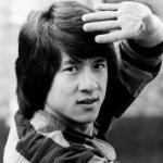 В молодости Джеки чан боролся с коррупцией и выступал против крупнейшего в Китае преступного синдиката.