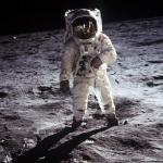 "Что означала фраза Нила Армстронга ""удачи, мистер горский!"