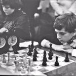 "Чемпиона мира по шахматам Гарри Каспарова как-то спросили: ""на сколько ходов вперед вы думаете?"