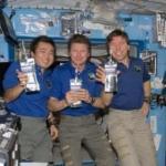 Российские космонавты отказались пить воду из мочи.
