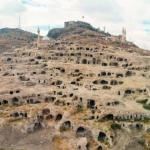 В Турции нашли огромный и древний подземный город.