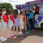 В Британии в продажу поступило уникальное нетающее мороженое.