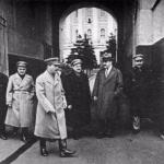 Два верных соратника Сталина - молотов и Каганович еще долго жили.
