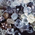 Российские геологи в ходе изучения лавы, застывшей после извержения толбачинского вулкана в 2012 году, нашли абсолютно новый тип алмазов.