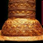 Загадочная золотая шляпа из германии.