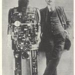 До сих пор остается неясным, когда сделана это фотография -\xa0 в 1909 или в 1911 году.